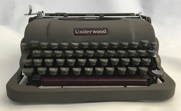 Underwood Finger-Flite Champion from the front...