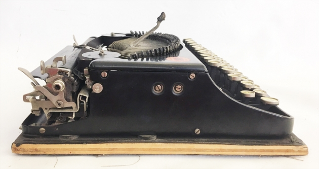 """Remington """"Portable """" from the left side..."""