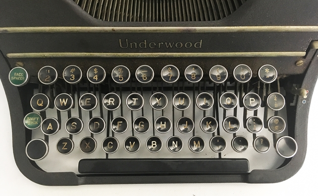 """Underwood """"Universal"""" from the keyboard..."""