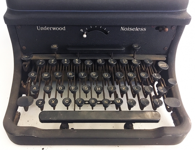 Underwood (Remington) Noiseless from under the hood...