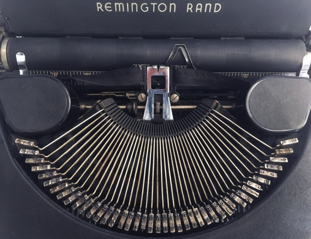"Remington Rand ""De Luxe Model 5"" from under the hood..."