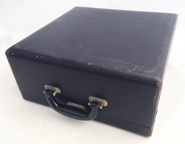"Remington Rand ""De Luxe Model 5"" case/cover..."