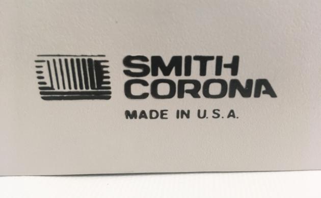 "Smith-Corona ""XL 2000"" logo on the back..."