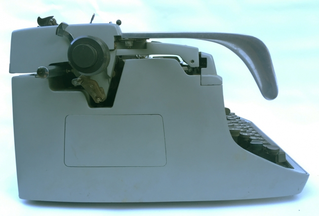 """Underwood """"touch-master 5"""" from the left side..."""