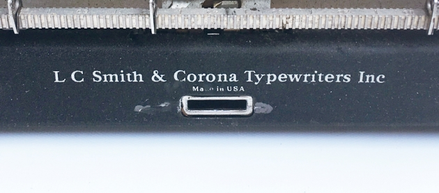 "Smith-Corona ""Silent"" (Speedline) logo o the back (this name was supposed to go away after the war)..."