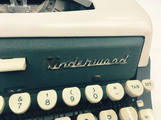 "Underwood ""Ace""  logo on the front..."