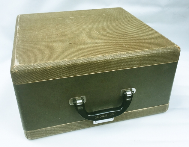 "Underwood ""Ace""  travel case/cover..."