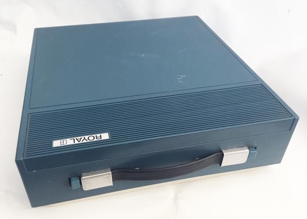 """Royal (Silver-Seiko) 'Sprite"""" travel case (plastic cover)..."""
