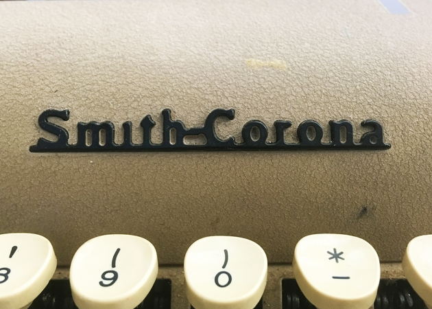 "Smith-Corona ""Silent Super"" from the front (logo detail)..."