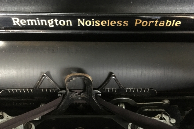 Remington Noiseless Portable from the top logo detail...