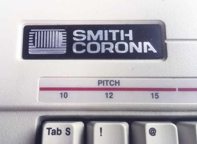 "Smith Corona ""240 DLE "" Logo on the front..."