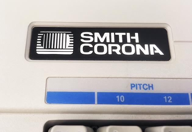 """Smith Corona """"XL 2500"""" from the logo left,,,"""