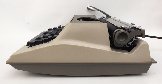"""Underwood """"Electric 555""""  from the right side..."""