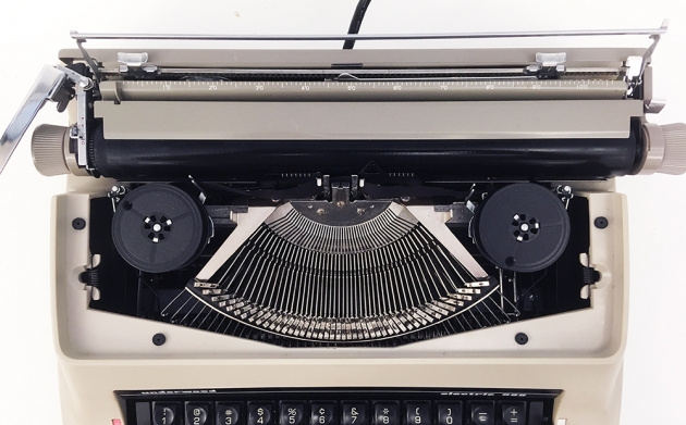 """Underwood """"Electric 555""""  from under the hood..."""