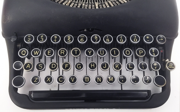 """Remington Rand """"Deluxe 5""""  from the keyboard..."""