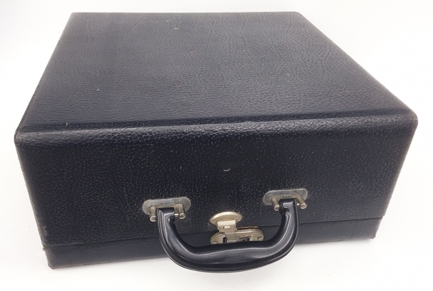 "Remington Rand ""Deluxe 5""  travel case..."
