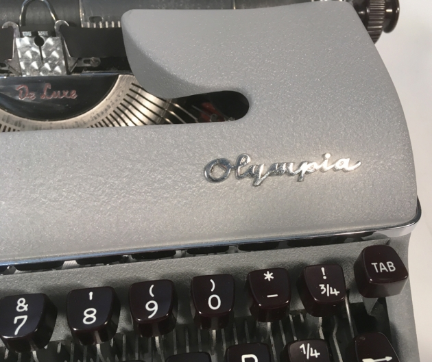"""Olympia """"SM3"""" of the maker logo up front ..."""