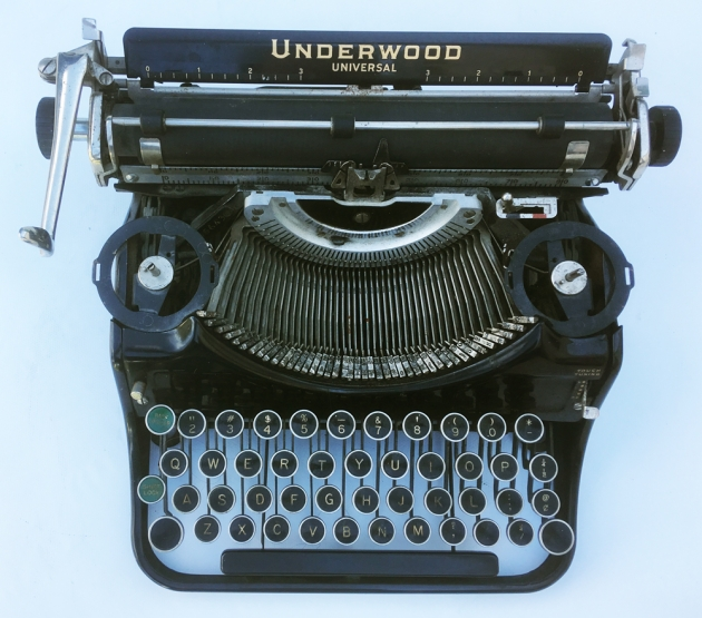 """Underwood """"Universal"""" from the top..."""