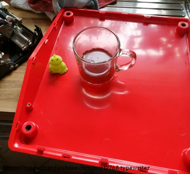 if the project goes wrong, i still have a lot of spare parts for whatever - but definitely a stylish tray