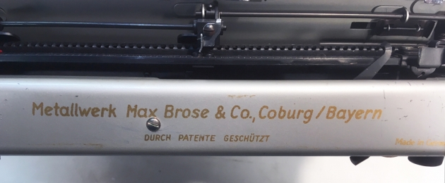 "Brosette ""Portable"" from the back (detail)..."