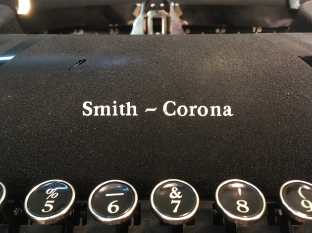 """Smith Corona """"Sterling""""logo on the front..."""