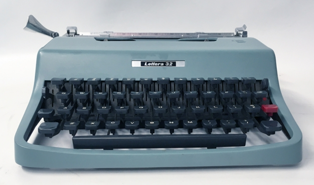 """Olivetti """"Lettera 32"""" from the front..."""