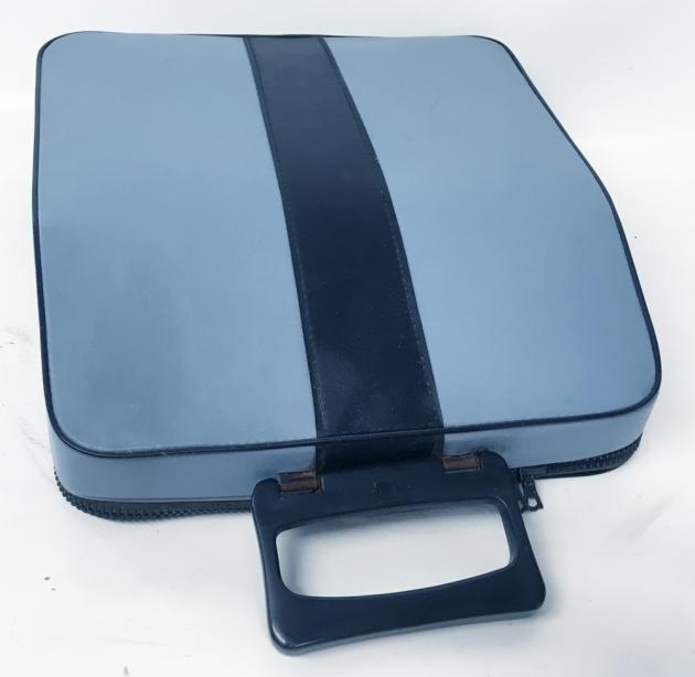 """Olivetti """"Lettera 32"""" travel case..."""