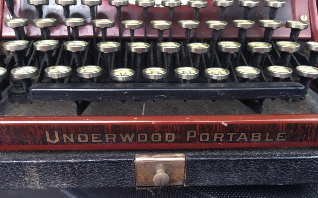 "Underwood ""Portable 4 Bank"" from the logo at the bottom..."