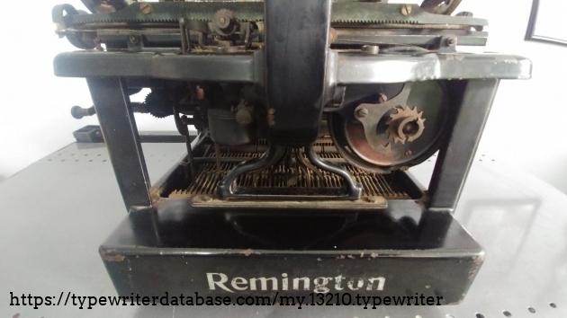 Rear mechanisms