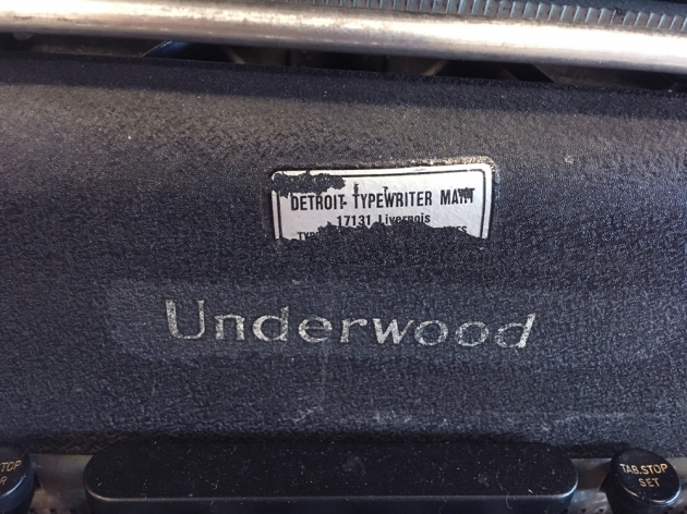 Underwood SS from the front (logo detail)...