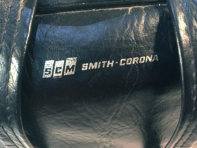 """Smith Corona """"Corona Seventy"""" carry bag, logo detail..."""