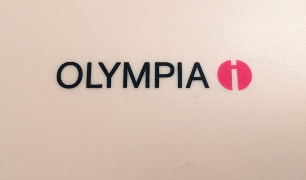 """199X Olympia """"Traveller C"""" logo on the cover/travel case..."""