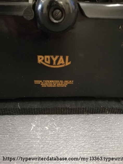 Royal trademark logo