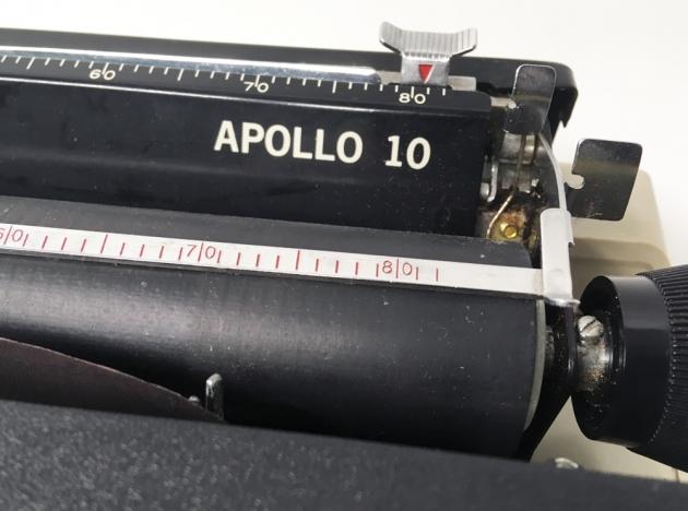 """Royal """"Apollo 10""""  model logo  on the top..."""