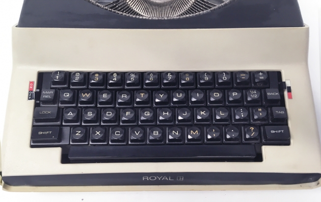 """Royal """"Apollo 10""""  from the keyboard..."""