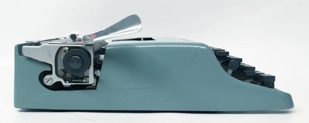 """Underwood-Olivetti """"Lettera 22""""  from the left side..."""