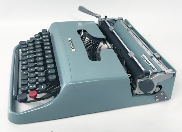 """Underwood-Olivetti """"Lettera 22""""  from the right side..."""