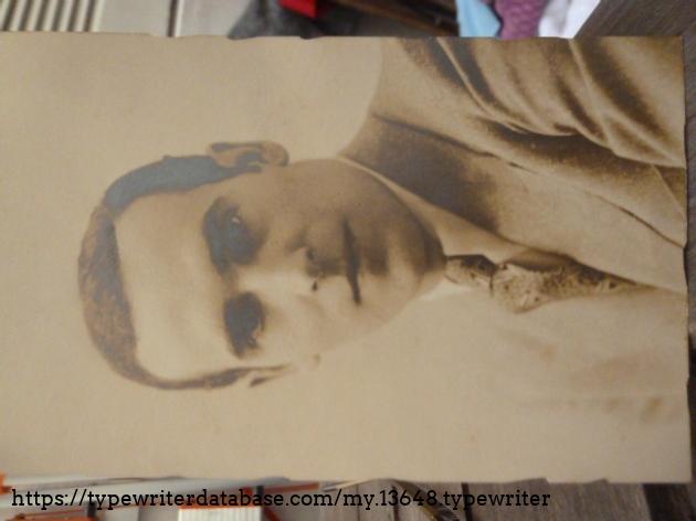 A Virgilio San Clemente´s portrait as a young gentleman.
