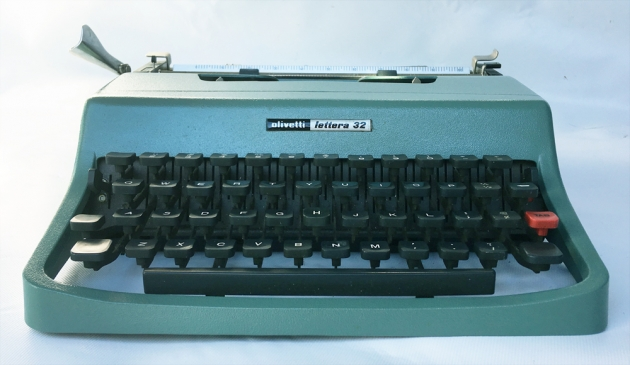 "Olivetti ""Lettera 32"" from the front..."