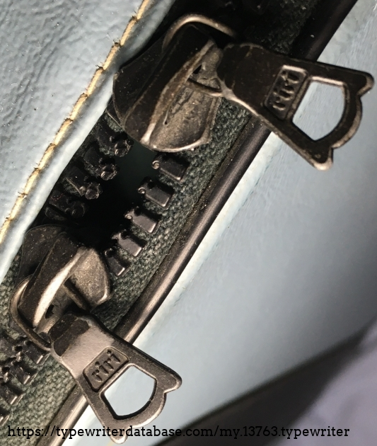 2 riri zippers is the other difference between our 1975 and this 1964 Lettera 32.