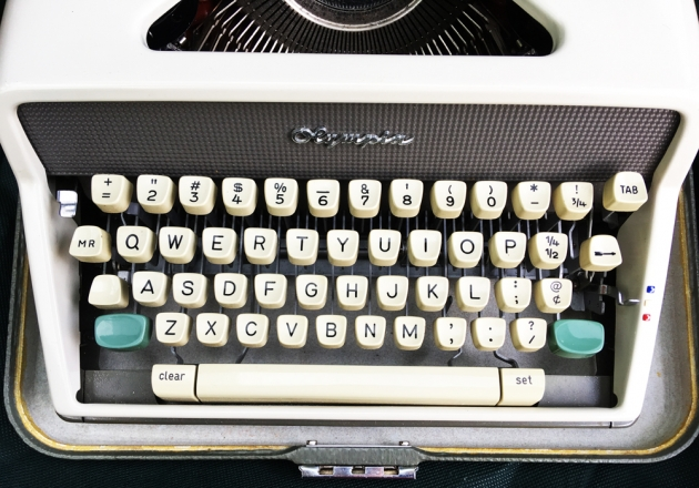 """Olympia """"SM7"""" from the keyboard..."""
