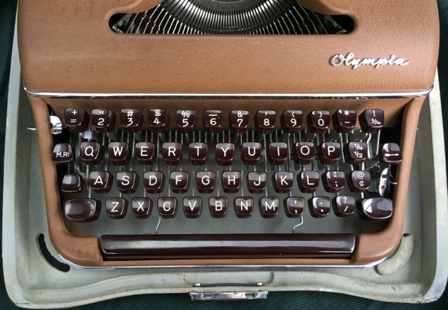 """Olympia """"SM3"""" from the keyboard..."""