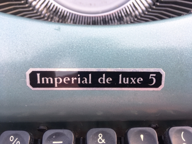 "Imperial ""Imperial de luxe 5"" (aka: Good Companion 5) logo on the front..."
