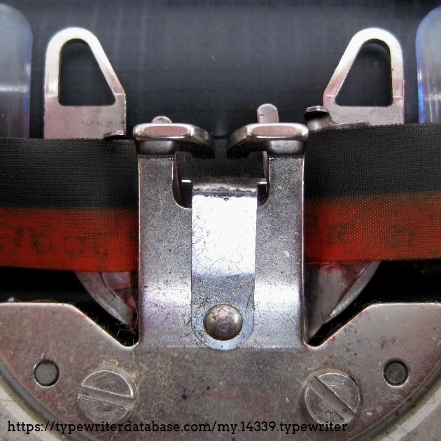 Ribbon vibrator