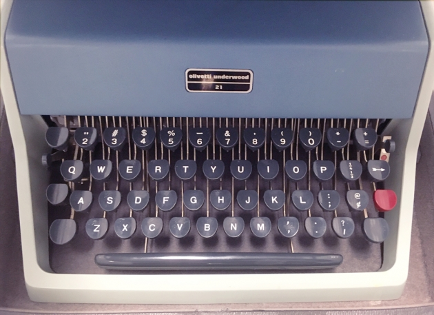 "Olivetti-Underwood ""21"" from the keyboard..."