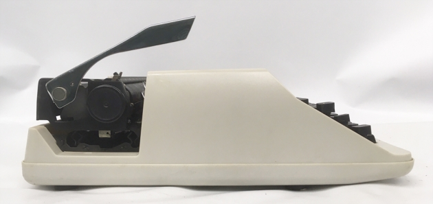 "Olivetti ""MS 25 Premier plus"" from the left side..."