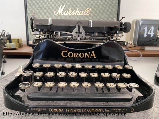 1919 Corona 3