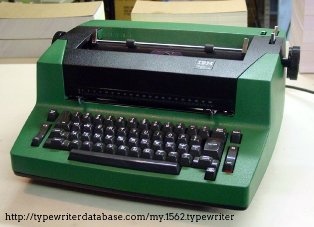 There we go, Black and Green. Now that's a sharp-looking machine. You can even forgive it for not having the rounded lines of the 700 series.