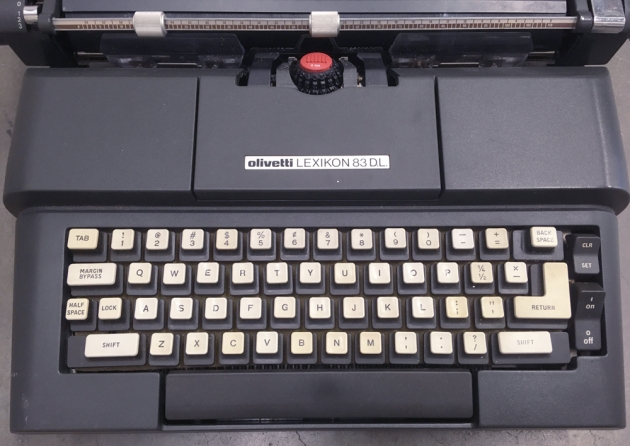 """Olivetti """"Lexikon 83 DL"""" from the keyboard..."""