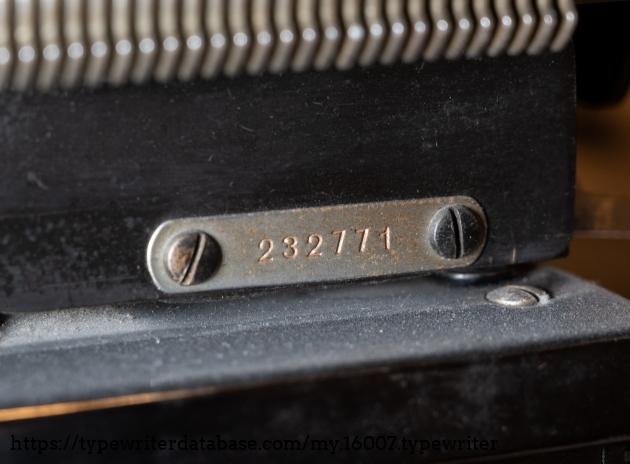 Serial number plate